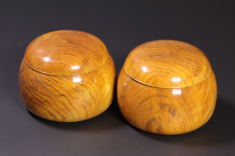 Ogon-Haze(Golden Japanese wax trees), Go Bowls For -size 39 Go stones