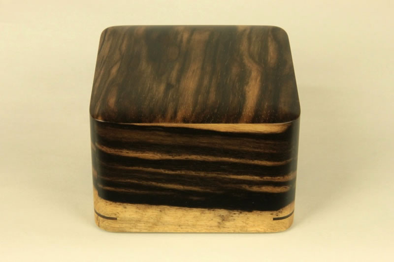 Pieces Box, Kurokaki A